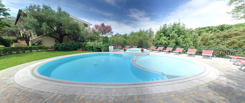 pool - residence torre delle viole